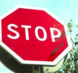 Annatko tunteidesi riepotella sinua? STOP-harjoitus auttaa löytämään tilaa tunteen ja reaktion väliin
