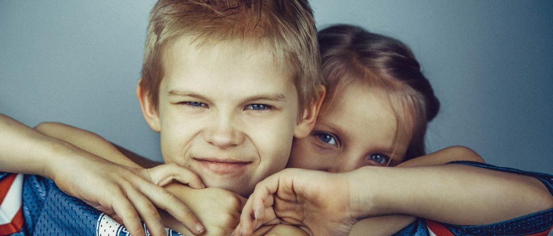 Miten selvittää lasten riitoja keskustelemalla?