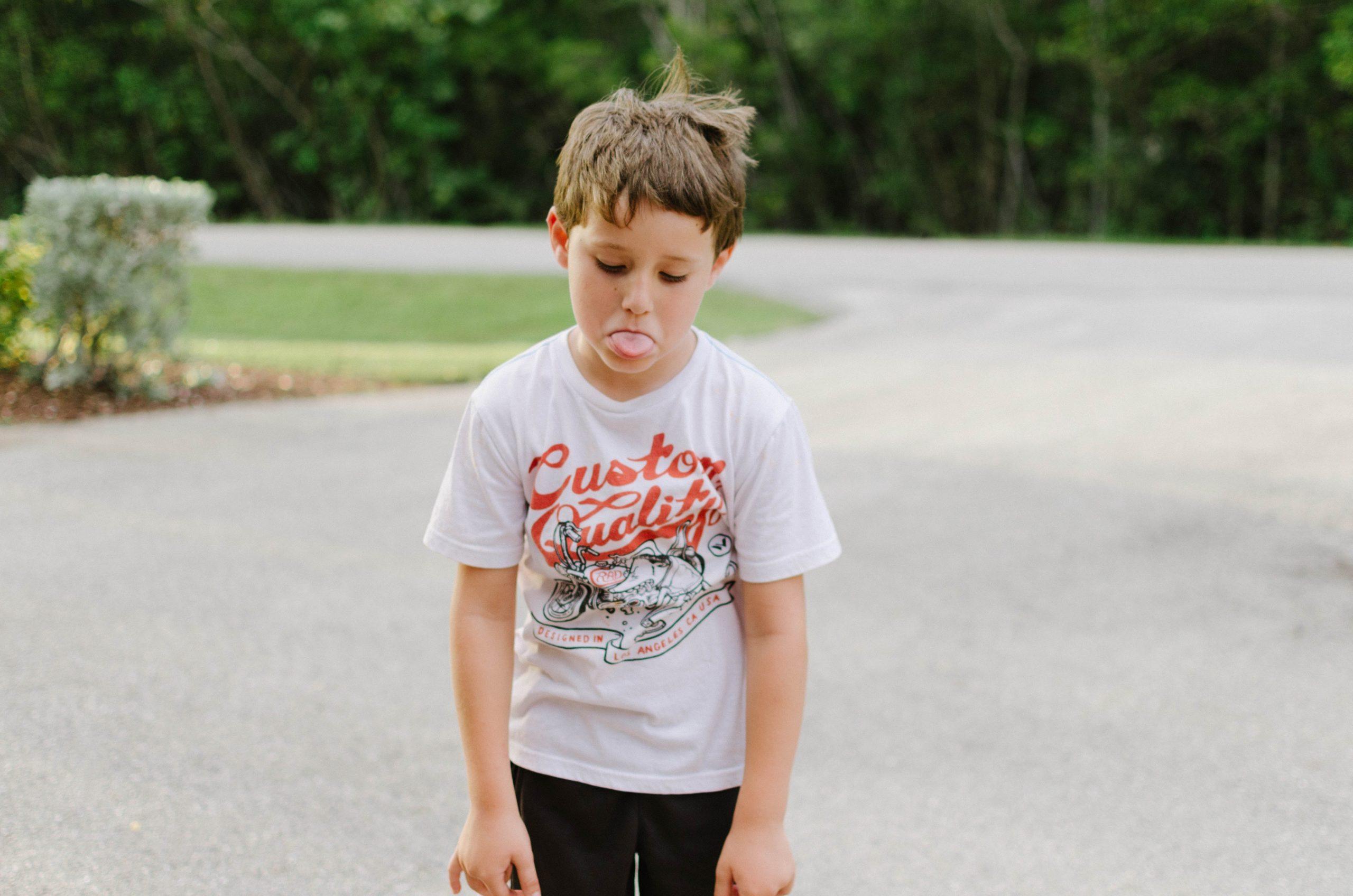 Lapsen tai nuoren ei-toivottu käyttäytyminen 10 askeleen ratkaisukeskeinen malli