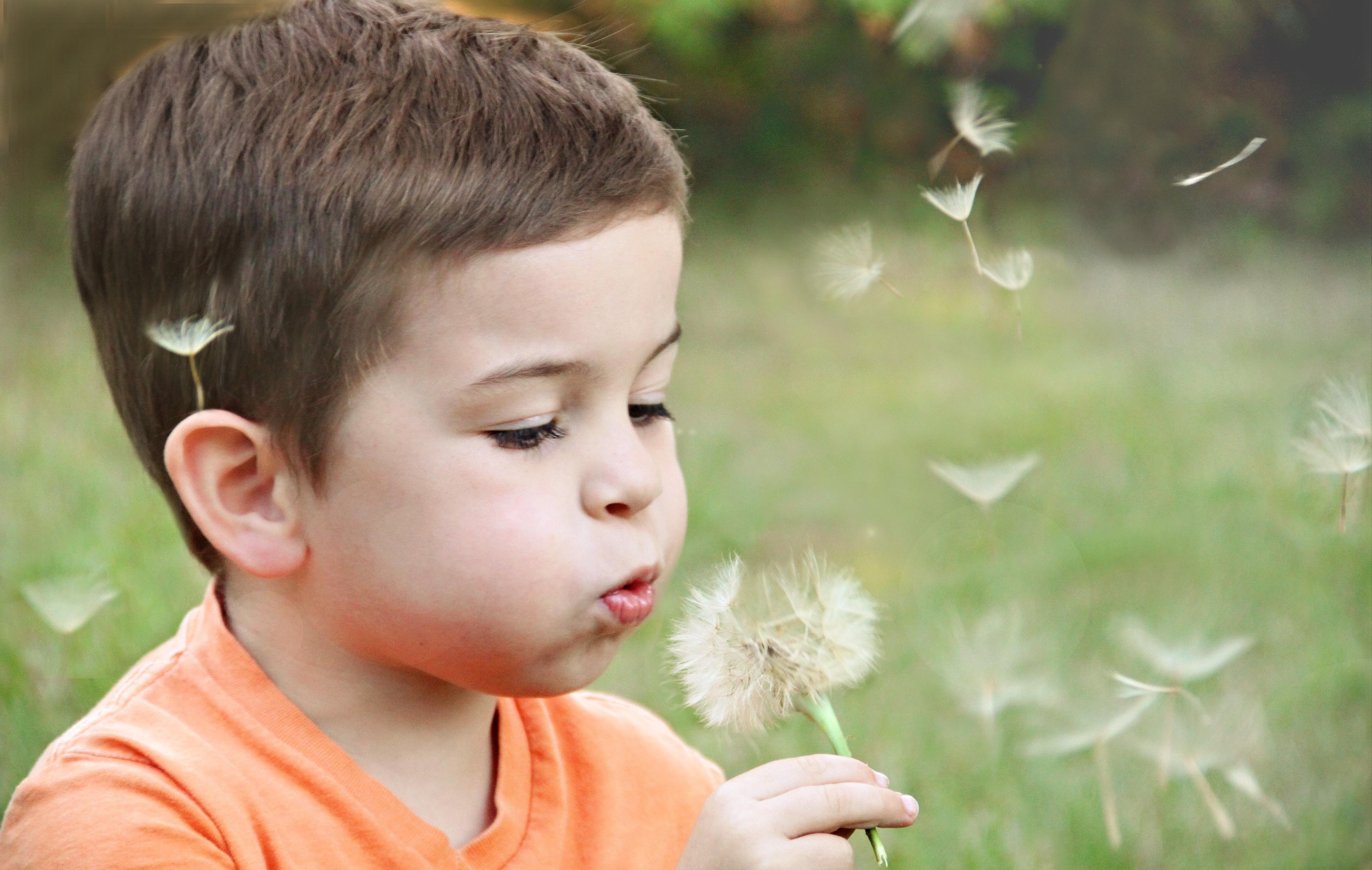 Näin harjoittelet rauhoittumista lapsen kanssa – 8 keinoa rauhoittua