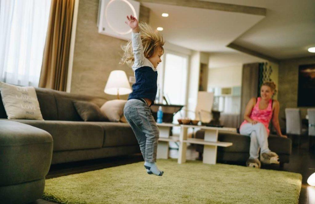 Nepsy-lasten vanhemmat kokevat vähättelyä ja vanhemmuuden arvostelua 2